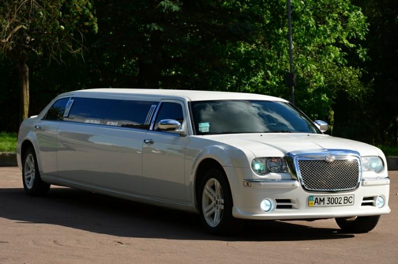 заказать лимузин Chrysler 300c Жимтомир